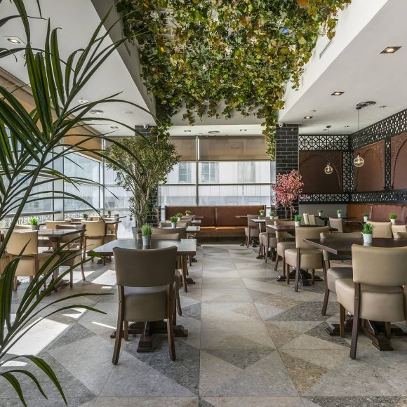Diseño interior Internacional Bar
